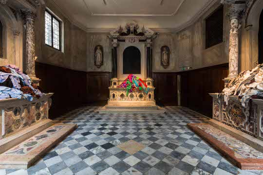 Patricia Cronin, Shrine for Girls, Venice. Installation View. La Biennale di Venezia - 56th International Art Exhibition. Photo : Mark Blower