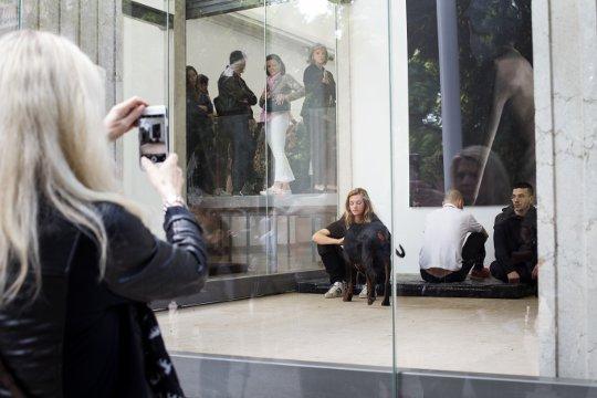 biennale venedig 2017 die 57 internationale kunstausstellung die rheinische. Black Bedroom Furniture Sets. Home Design Ideas